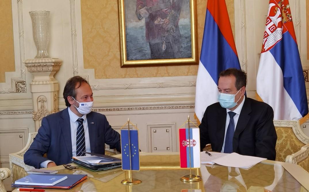 EU to Belgrade: Union will do everything to help Serbia's inter-party dialogue