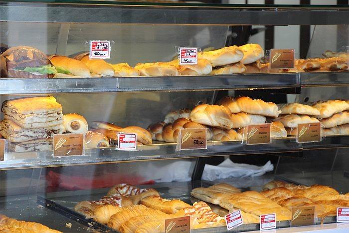 Đaci iz Niša pokreću sajt na kojem će pekare oglašavati neprodate proizvode