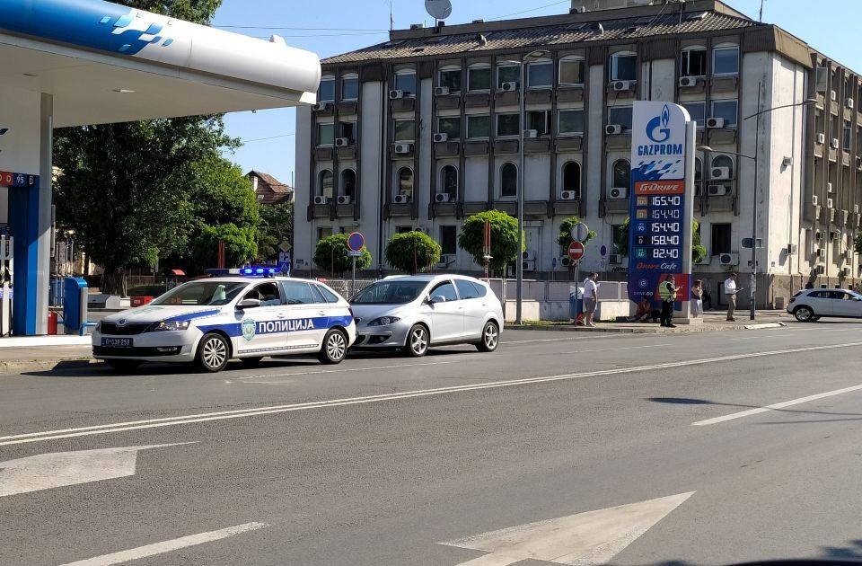 Biciklistkinja povređena u udesu u Maksima Gorkog